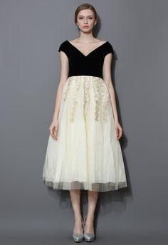 Contrast Velvet and Tulle Midi Gown Dress