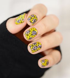 Tumbling Blocks Arty Nail Art