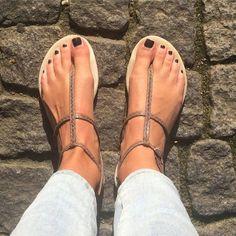 22 beste afbeeldingen van Slippers & sneakers ♥ Slippers