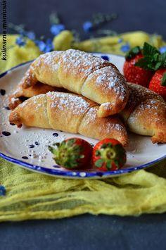 Rogaliki twarogowe fit Bagel, Hamburger, French Toast, Herbs, Sweets, Bread, Cookies, Breakfast, Healthy