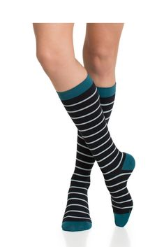 9894daea13e Vim   Vigr 20-30 mmHg Women s Stylish Compression Socks - Nylon (Mint