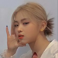 Kpop Girl Groups, Kpop Girls, My Girl, Cool Girl, Kpop Girl Bands, Beautiful Girl Makeup, Kpop Aesthetic, Girl Crushes, Aesthetic Pictures