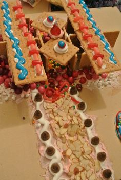 Annual Gingerbread House Making Party