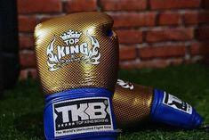Advertising Space, Mma Training, Combat Sport, K 1, Boxing Gloves, Kickboxing, Muay Thai, Blue Gold, Martial Arts