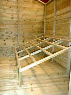 The Appleby Chicken House / Coop - roost folds up for easy cleaning