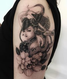 Asian Tattoos, Asian Style, Traditional Tattoo, Black And Grey, Skull, Ink, Geisha, Tattoo Traditional, Traditional Style Tattoo