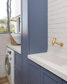 Home Design Decor, House Design, Laundry Room Design, Kitchen Design, Kitchen Decor, Laundry Rooms, Apartment Balcony Decorating, Design Moderne, Cuisines Design