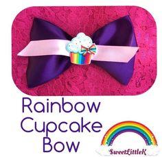 Perfect rainbow cupcake bow