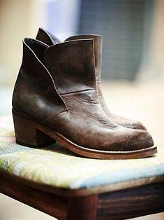 vintage boots #fashion #womens style #Wild shoes