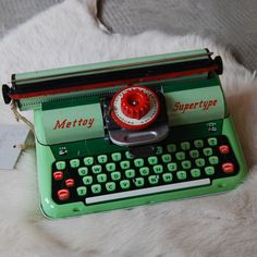 Vintage kids typewriter    I was jealous that my sister got this for Christmas & I didn't. Maybe that's why I still can't type to save my life.