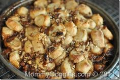 MONKEY BREAD (with nuts)