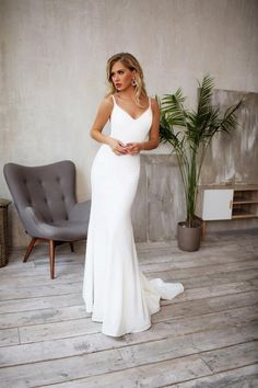 Tight wedding dress, Crepe Sleek silhouette, Minimalist bridal gown GEORGiE - Women's style: Patterns of sustainability Wedding Dress Tight, Wedding Dress Tea Length, Spaghetti Strap Wedding Dress, Wedding Dresses With Straps, White Wedding Dresses, Bridal Dresses, Spaghetti Straps, Wedding Gowns, Crepe Wedding Dress