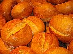 """German Rolls are the best. Here is an original German recipe for German rolls, """"Brotchen"""" or """"Semmeln"""" in German. The best is to get German flour. Bread Bun, Bread Rolls, How To Make Bread, Food To Make, Pan Focaccia, German Bread, World Recipes, Online Recipes, Dinner Rolls"""
