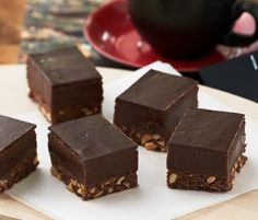 Rich Chocolate Peanut Butter Slice: Peanut butter and chocolate – Dad will love this combination! Rich, smooth and super indulgent – it's sure to become his favourite. http://www.bakers-corner.co.nz/recipes/slices/rich-chocolate-peanut-butter-slice/