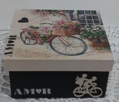 Decoupage Box, Hat Boxes, Plastic Bottles, Chalk Paint, Projects To Try, Shabby, Bicycle, Diy Crafts, Painting