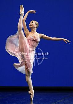 "Evgenia Obraztsova (Bolshoi) in Balanchine's ""Tchaikovsky Pas De Deux"". Photo by Enrico Nawrath"