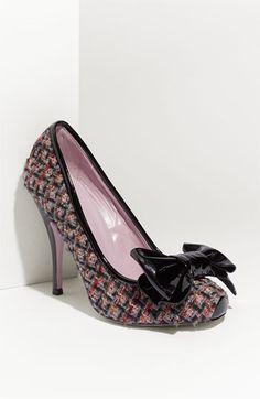 Valentino Tweed Pump - I could never wear these, I would be too busy looking down at my shoes with such admiration that I'd smack into a wall....!!  Good thing I don't own them.  See everything works out for a reason.