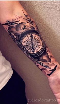 Nice Compass Rose Map Tattoo - Best Compass Tattoos For Men: Cool Compass Tattoo Designs and Ideas For Guys Left Arm Tattoos, Half Sleeve Tattoos For Guys, Forarm Tattoos, Cool Arm Tattoos, Forearm Sleeve Tattoos, Map Tattoos, Best Sleeve Tattoos, Tattoo Sleeve Designs, Skull Tattoos