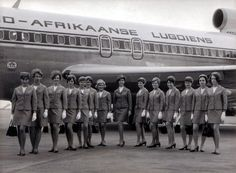More local vintage! Way back when SAA still operated as 'Suid-Afrikaanse Lugdiens' and had the flying springbok on the tail livery Boeing 727, Nostalgia, The Beautiful Country, Cabin Crew, African History, Flight Attendant, South Africa, The Past, Black And White