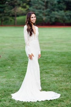 Lace plunge neckline Berta wedding dress: http://www.stylemepretty.com/2016/12/15/best-wedding-dresses-of-2016/ Photography: Tamara Gruner - http://tamaragruner.com/