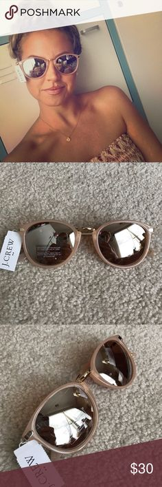 J. Crew sunglasses So cute! Blush colored frames with a mirrored lense, perfect size for a smaller face and super lightweight and comfortable and no nose guards to get stuck in your hair 😆 reg $45 make me an offer J. Crew Accessories Sunglasses