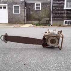 Band Saws, Power Saw, Old Sewing Machines, A Husky, Old Tractors, Small Engine, Diesel Engine, Chainsaw, Power Tools