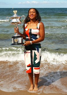 MELBOURNE, AUSTRALIA - JANUARY Naomi Osaka of Japan poses with the Daphne Akhurst Memorial Cup during the Women's Australian Open media opportunity at Brighton Beach on January 2019 in Melbourne, Australia. (Photo by Julian Finney/Getty Images) African American Culture, Asian American, Osaka, Beautiful Athletes, Tennis Players Female, African Diaspora, Sports Stars, Black Women, Sexy Women