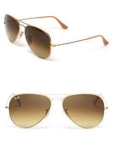 ray-ban matte gold aviator sunglasses // timeless