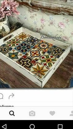 Tile Crafts, Wooden Crafts, Handmade Crafts, Diy And Crafts, Arts And Crafts, Painted Furniture, Diy Furniture, Mosaic Tray, Painted Trays
