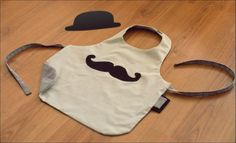 Tablier moustache enfant (à décliner en bavoir bb)
