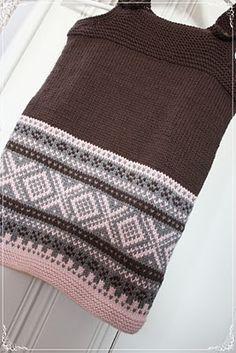 - SmåØyeblikk -: En liten vri på 'marius' Knit Patterns, Needlework, Winter Hats, Barn, Knitting, Inspiration, Fashion, Kids, Knitting Patterns