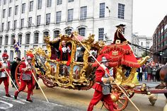 Today on armistice day, was also the annual Lord Mayors show for the City of London. With full on pomp & pageantry, carnival floats and even donkeys and dogs, the City of London came a… Mayor Of London, London City, Carnival Floats, Armistice Day, London Photography, Lord, Carnival