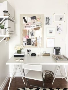 Minimal desk by Laura from Avery Street Design
