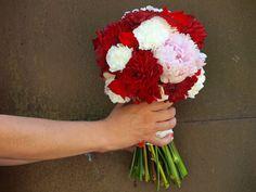Bouquet.La novia de rojo
