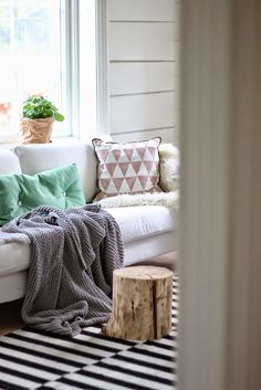 From House To Home: 14 Elements That Bring Coziness