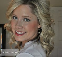 The Small Things Blog: How to use a curling wand