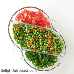 Pea salad is something I've been eating and making all my life without any musical accompaniment in my head. Green Pea Salad, Green Peas, Vinaigrette Dressing, Dressing Recipe, Red Tomato, Salad Bar, How To Make Salad, Fresh Green