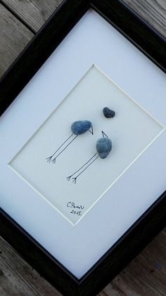 2 pices pebble art : 1. Flower pebble art, sea glass 2. Birds love These two unique work you can get at privileged prices. The first picture is a delightful unusual color of sea glass and stone, and the other two people in love, confused :) birdies over which is the perfect stone