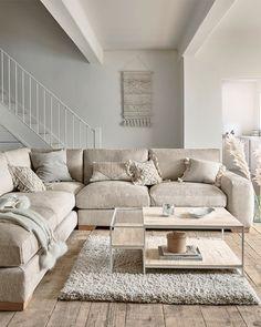 Sofa Next, Snug Room, Corner Sofa, Little Houses, Apartment Living, Room Interior, Decoration, Home Projects, Living Room Decor