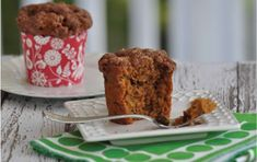 A cross between apple muffin and carrot cake this moist gluten-free muffin is a crowd-pleaser as a lunch or dinner bread. The optional streusel topping makes it a hit for breakfast too. This recipe can be made with egg replacement; see instructions below. Gf Recipes, Muffin Recipes, Gluten Free Recipes, Delicious Recipes, Sweet Recipes, Gluten Free Muffins, Gluten Free Sweets, Sin Gluten, Cooking