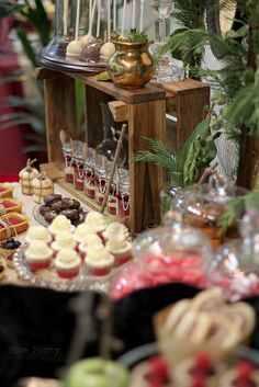 Nice Party events Sweet table Snow white by Superkitina, via Flickr
