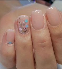 nail art designs braid fashion makeup 32 Pretty mix and match pink nail art designs - Mix glitter and blush nails Blush Nails, Nude Nails With Glitter, Chunky Glitter Nails, Glitter Flats, Solid Color Nails, Nail Colors, Pink Color, Bridal Nails, Wedding Nails
