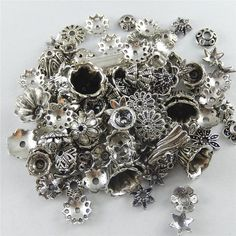 Mixed 70pcs/pack Flower Spacer Charms Bails Beads Metal Alloy Pendant Plated Antique silver Christmas charm Jewelry Fine GR-522