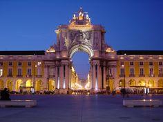 2002-10-26_11-15_Andalusien,_Lissabon_246_Lissabon,_Praca_do_Comércio.jpg (1600×1200)