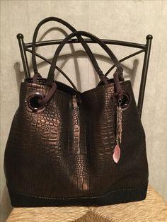e39171d8d5ee 22 meilleures images du tableau coté dans le sac petit  )   Backpack ...