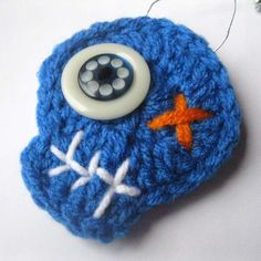 Blue Zombie Crochet Skull Ornament - Halloween Decorations by Julian Bean via Etsy