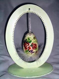huevo de pasqua  vintage huevo de pasqua  vintage madera papel pinturas ,plumas decoupage