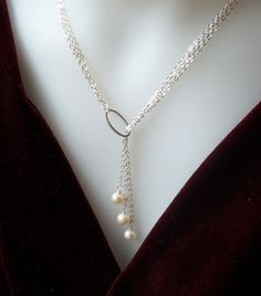 I'm going to make this!!! I can't get enough of pearls!!!