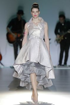 Isabel Zapardiez 2014. Photo: Barcelona Bridal Week...Beautiful, I love everything about this look, the details, the color, the silhouette. Have this custom-made for less $$$$
