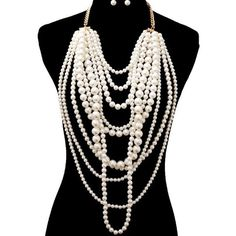 Pearl Bib Statement Necklace This necklace is gorgeous!! Classic pearl necklace on steroids LOL! Would be cute with a basic tee and jeans or spruce up a plain dress with this beautiful piece❤️❤️❤️! No trades. Will take offers! Jewelry Necklaces